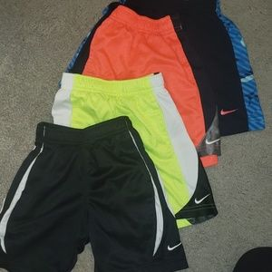 Lot--4 pair of little boys Nike dry fit shorts 3T